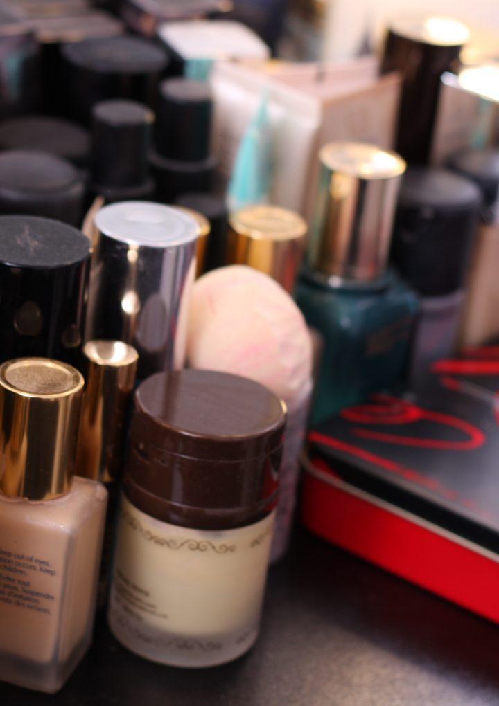 Kosmetyki naturalne i organiczne czy jednak komercyjne środki?